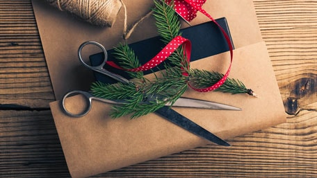 A Marketer's Guide to Holiday Supershoppers